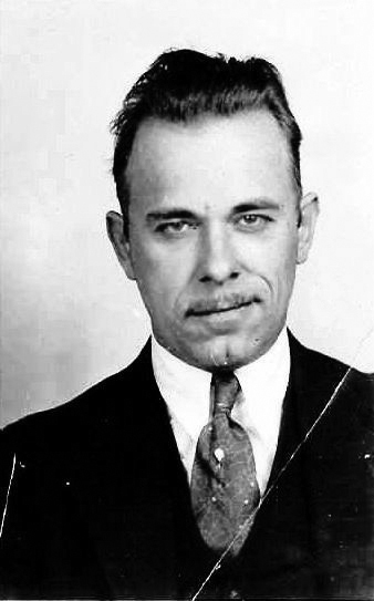 Two Graves John_Dillinger_full_mug_shot