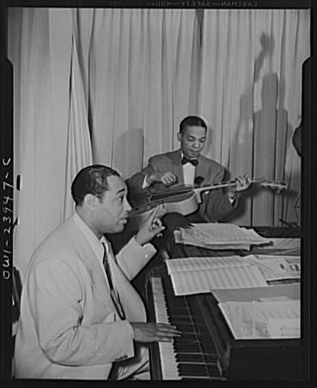 Duke_Ellington_-_Hurricane_Ballroom_-_Duke_directing_1